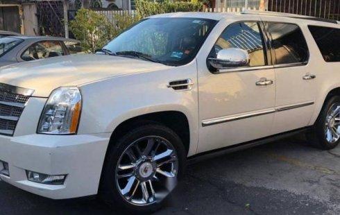 Vendo un carro Cadillac Escalade 2011 excelente, llámama para verlo