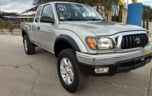 Precio de Toyota Tacoma 2001