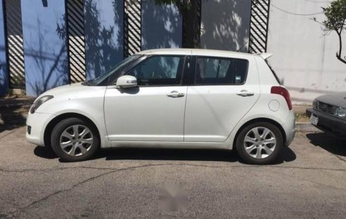 Urge!! Vendo excelente Suzuki Swift 2011 Manual en en Zapopan