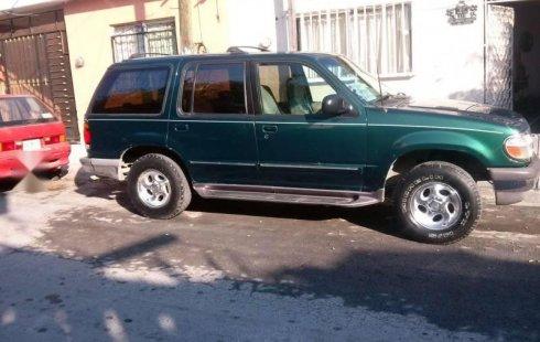 Quiero vender urgentemente mi auto Ford Explorer 1996 muy bien estado