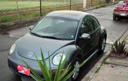 Quiero vender inmediatamente mi auto Volkswagen Beetle 2011