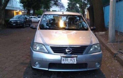 Vendo un carro Nissan Aprio 2008 excelente, llámama para verlo