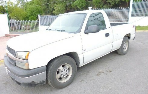 Chevrolet Silverado 2005 barato en Nuevo León