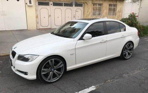 Urge!! En venta carro BMW Serie 3 2010 de único propietario en excelente estado