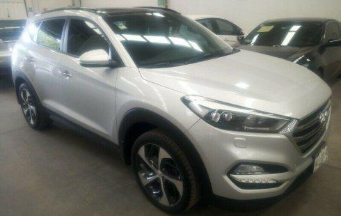 Pongo a la venta cuanto antes posible un Hyundai Tucson que tiene todos los documentos necesarios
