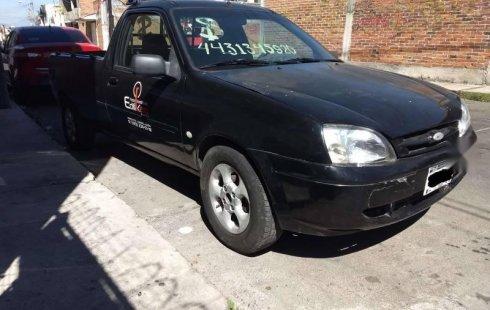 Ford Courier 2006 barato en Morelia