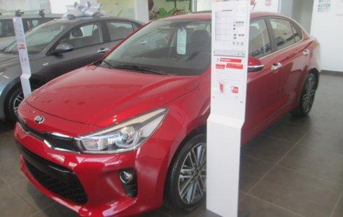 Carro Kia Rio 2019 de único propietario en buen estado