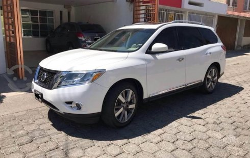 Nissan Pathfinder impecable en Tlaquepaque
