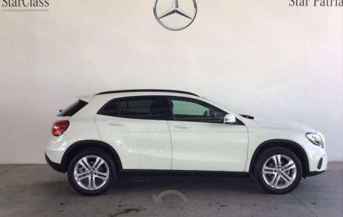 Pongo a la venta cuanto antes posible un Mercedes-Benz Clase GLA en excelente condicción a un precio increíblemente barato