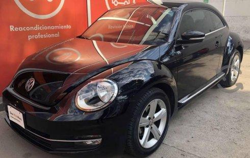 Tengo que vender mi querido Volkswagen Beetle 2015 en muy buena condición