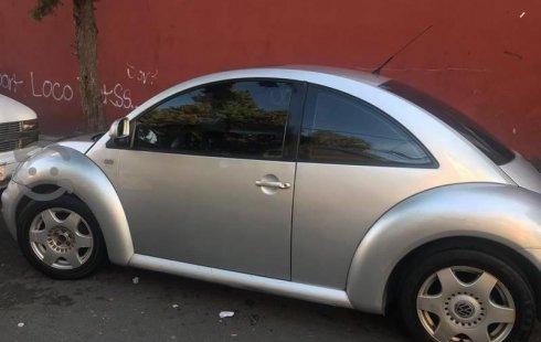 Volkswagen Beetle 2000 usado