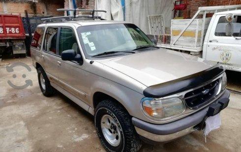 Vendo un carro Ford Explorer 1997 excelente, llámama para verlo