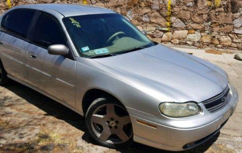 Pongo a la venta cuanto antes posible un Chevrolet Malibu que tiene todos los documentos necesarios