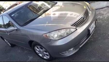 Quiero vender inmediatamente mi auto Toyota Camry 2006