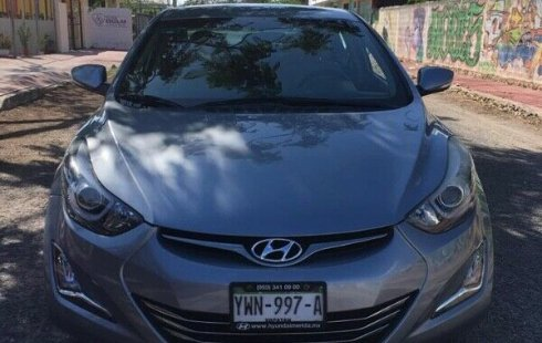 Hyundai Elantra 2015 barato