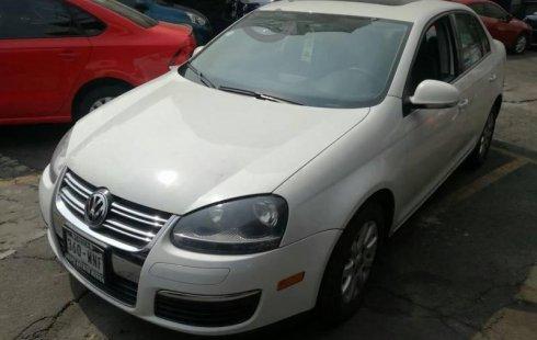 Vendo un Volkswagen Bora por cuestiones económicas