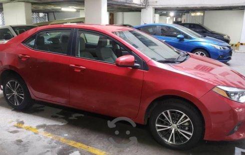 Carro Toyota Corolla 2016 de único propietario en buen estado
