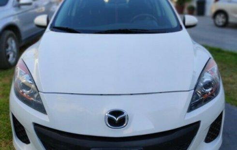 Quiero vender inmediatamente mi auto Mazda 3 2013 muy bien cuidado