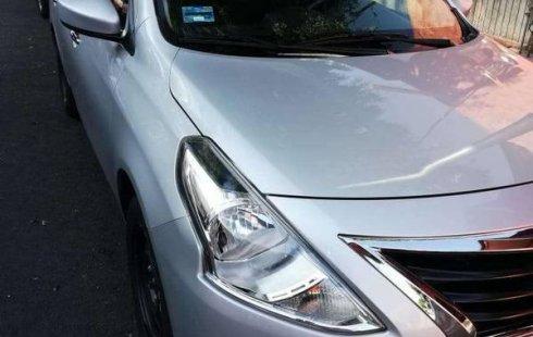 Urge!! En venta carro Nissan Versa 2017 de único propietario en excelente estado