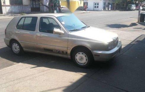 Quiero vender cuanto antes posible un Volkswagen Golf 1995