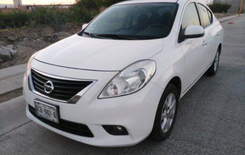 Quiero vender cuanto antes posible un Nissan Versa 2012