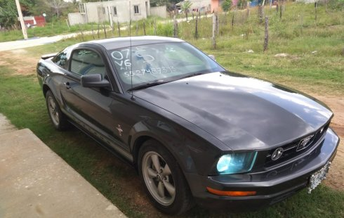 Ford Mustang V6 2007 americano