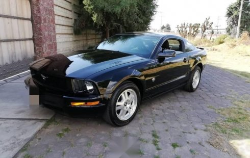Ford Mustang impecable en Toluca
