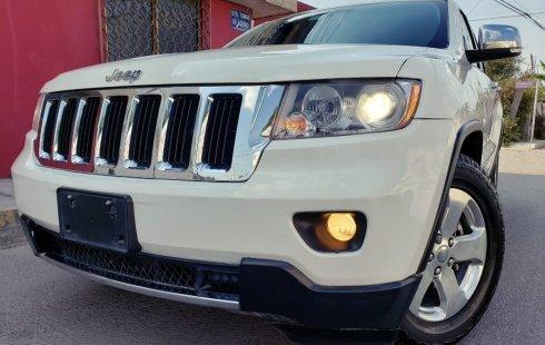 Urge!! Vendo excelente Jeep Grand Cherokee 2012 Manual en en Puebla