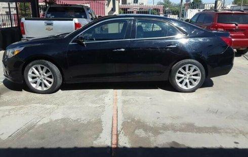 Urge!! Vendo excelente Chevrolet Malibu 2013 Automático en en Mexicali