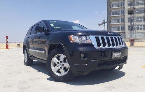 En venta un Jeep Grand Cherokee 2013 Manual muy bien cuidado