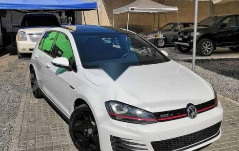 Vendo un Volkswagen Golf GTI por cuestiones económicas