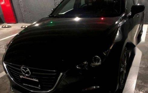 Tengo que vender mi querido Mazda 3 2016 en muy buena condición