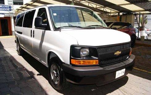 Pongo a la venta cuanto antes posible un Chevrolet Express que tiene todos los documentos necesarios