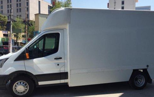 Me veo obligado vender mi carro Ford Transit 2017 por cuestiones económicas