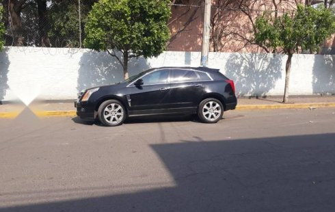 Quiero vender inmediatamente mi auto Cadillac SRX 2010 muy bien cuidado