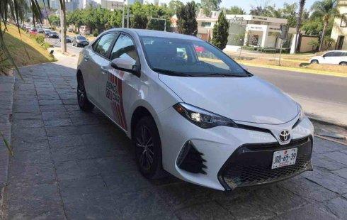 Un carro Toyota Corolla 2019 en Zapopan