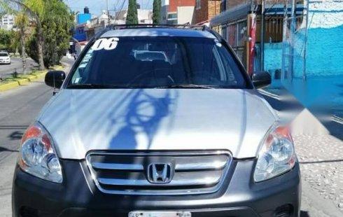 Tengo que vender mi querido Honda CR-V 2006 en muy buena condición