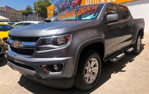 Carro Chevrolet Colorado 2019 de único propietario en buen estado
