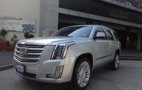 Vendo un Cadillac Escalade impecable