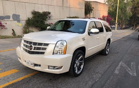 Auto usado Cadillac Escalade 2012 a un precio increíblemente barato