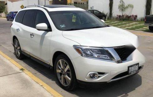 Se vende urgemente Nissan Pathfinder 2015 Automático en Tlaquepaque