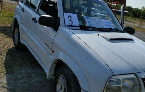 Tengo que vender mi querido Chevrolet Tracker 2006 en muy buena condición