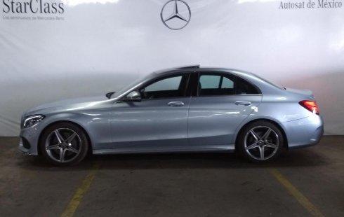 Vendo un Mercedes-Benz Clase C impecable