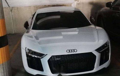 Pongo a la venta cuanto antes posible un Audi R8 que tiene todos los documentos necesarios