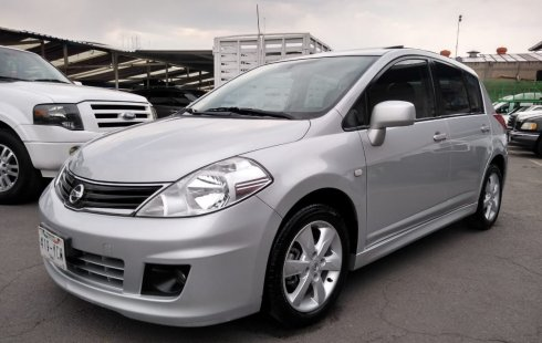 Nissan Tiida 2012 impecable