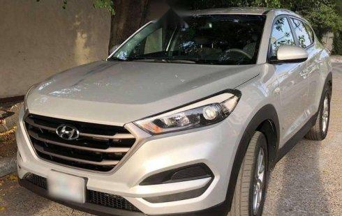 Quiero vender inmediatamente mi auto Hyundai Tucson 2017 muy bien cuidado
