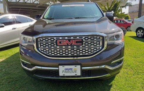 En venta un GMC Acadia 2017 Automático en excelente condición
