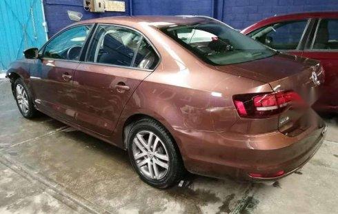 Tengo que vender mi querido Volkswagen Jetta 2016 en muy buena condición