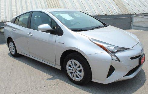 Quiero vender un Toyota Prius en buena condicción