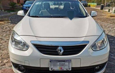 Carro Renault Fluence 2012 de único propietario en buen estado